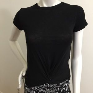 Knot front Top! Rue 21 Thin Comfy